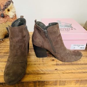 Crown Vintage Dark Brown Boots